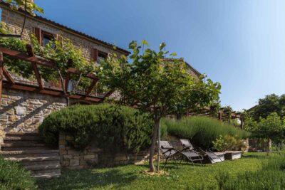 Istrske hiše Padna - pogled na pročelje
